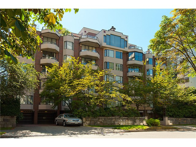 Main Photo: # 404 1950 ROBSON ST in Vancouver: West End VW Condo for sale (Vancouver West)  : MLS(r) # V1019426