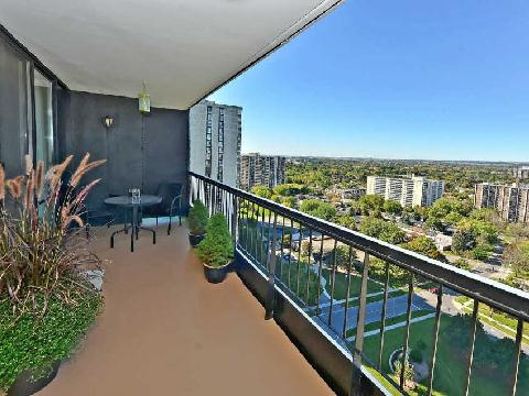 Photo 7: 3 135 Antibes Drive in Toronto: Westminster-Branson Condo for sale (Toronto C07)  : MLS® # C2747625