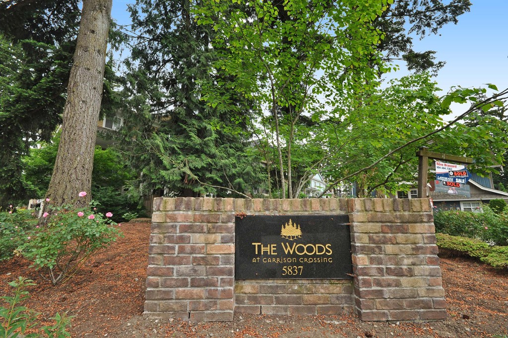 "Main Photo: 19 5837 SAPPERS Way in Chilliwack: Vedder S Watson-Promontory Townhouse for sale in ""THE WOODS AT GARRISON CROSSING"" (Sardis)  : MLS® # R2071490"