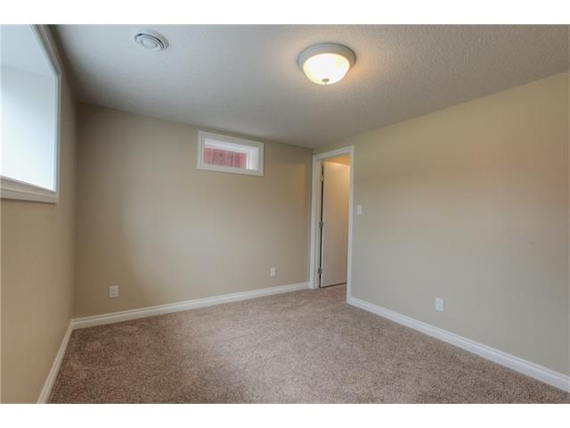 Photo 26: 48 CEDARBROOK Way SW in Calgary: Cedarbrae House for sale : MLS(r) # C4071343
