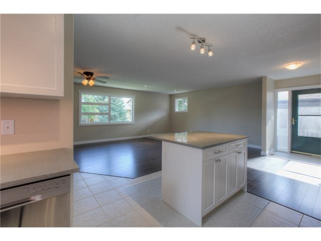 Photo 15: 48 CEDARBROOK Way SW in Calgary: Cedarbrae House for sale : MLS(r) # C4071343