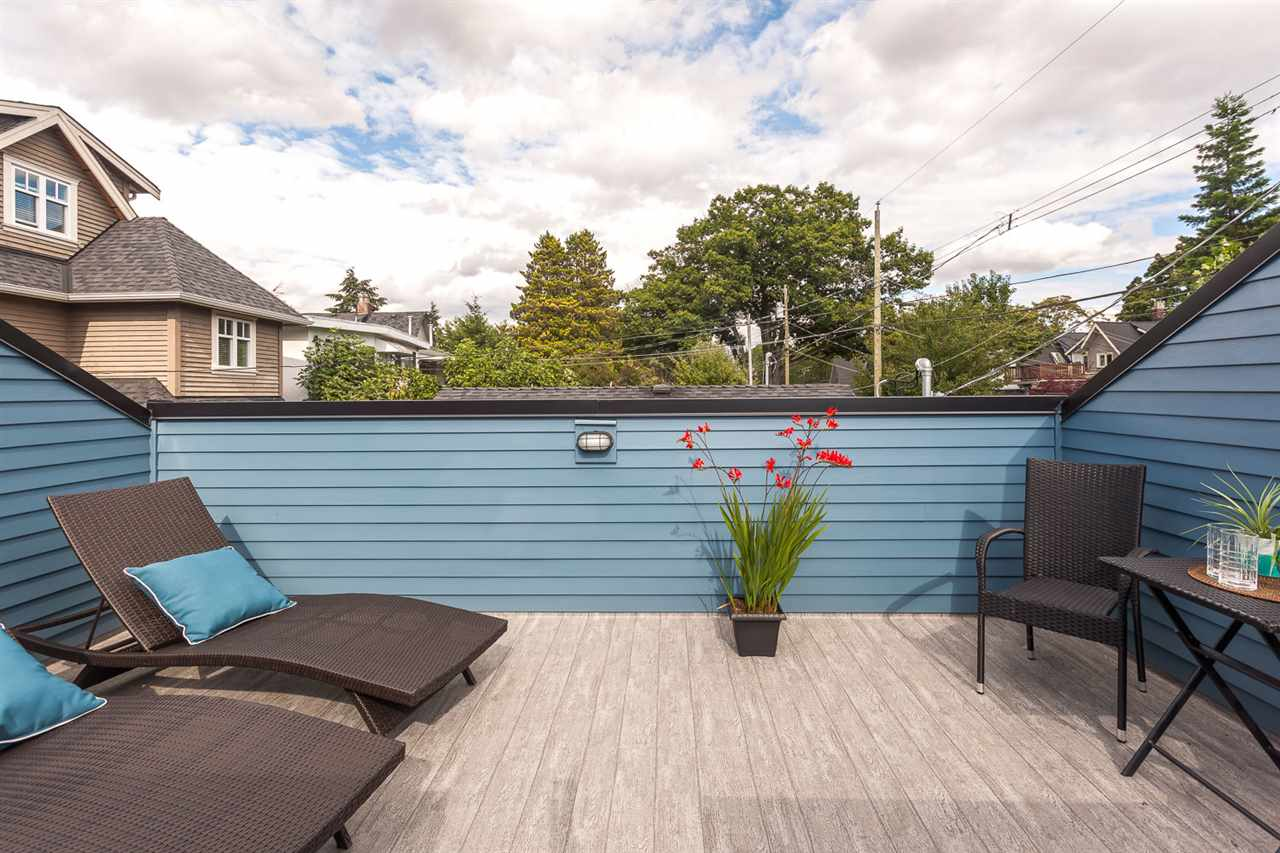 "Photo 19: 1814 CHARLES Street in Vancouver: Grandview VE House 1/2 Duplex for sale in ""COMMERCIAL DRIVE"" (Vancouver East)  : MLS® # R2092106"