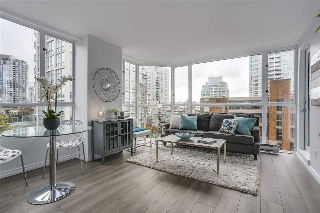 "Main Photo: 401 888 PACIFIC Street in Vancouver: Yaletown Condo for sale in ""PACIFIC PROMENADE"" (Vancouver West)  : MLS® # R2118595"