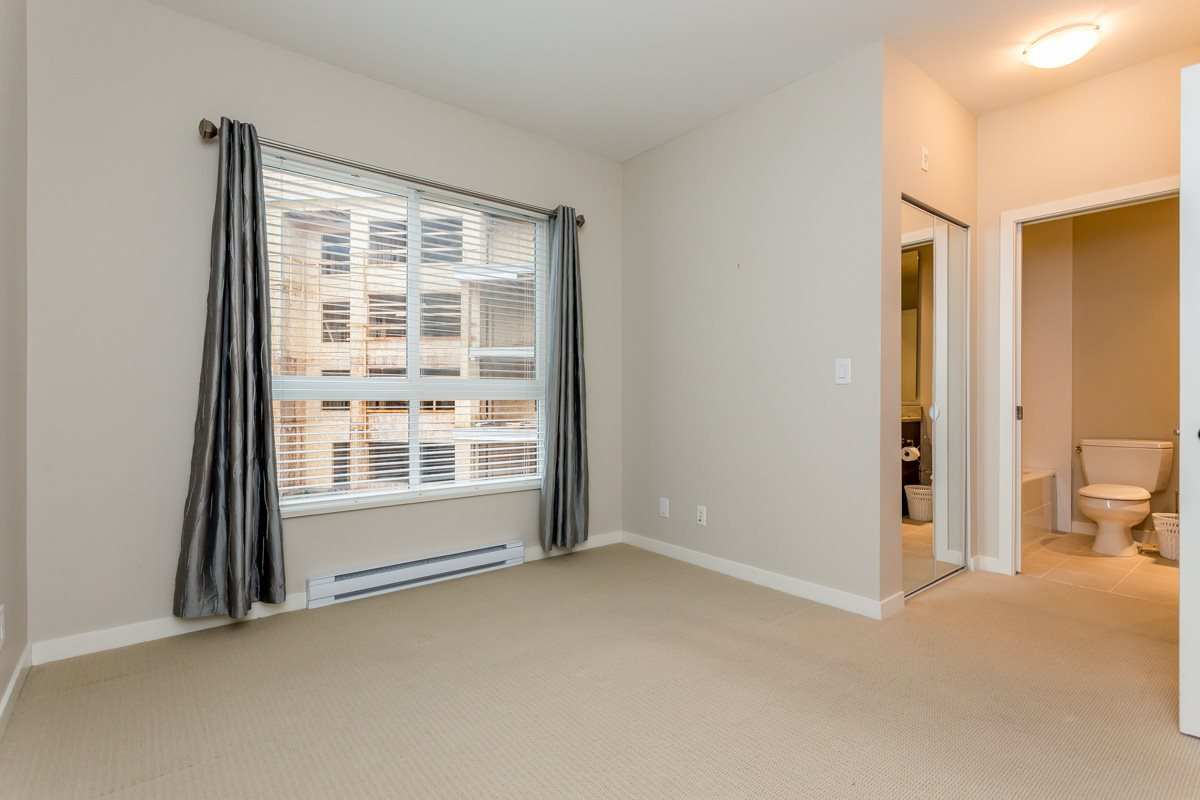 "Photo 13: 305 6460 194 Street in Surrey: Clayton Condo for sale in ""Waterstone"" (Cloverdale)  : MLS(r) # R2132269"