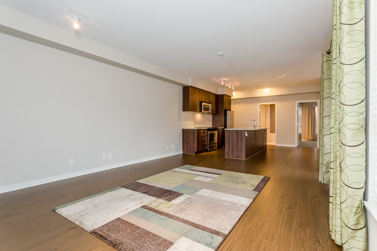 "Photo 6: 305 6460 194 Street in Surrey: Clayton Condo for sale in ""Waterstone"" (Cloverdale)  : MLS(r) # R2132269"