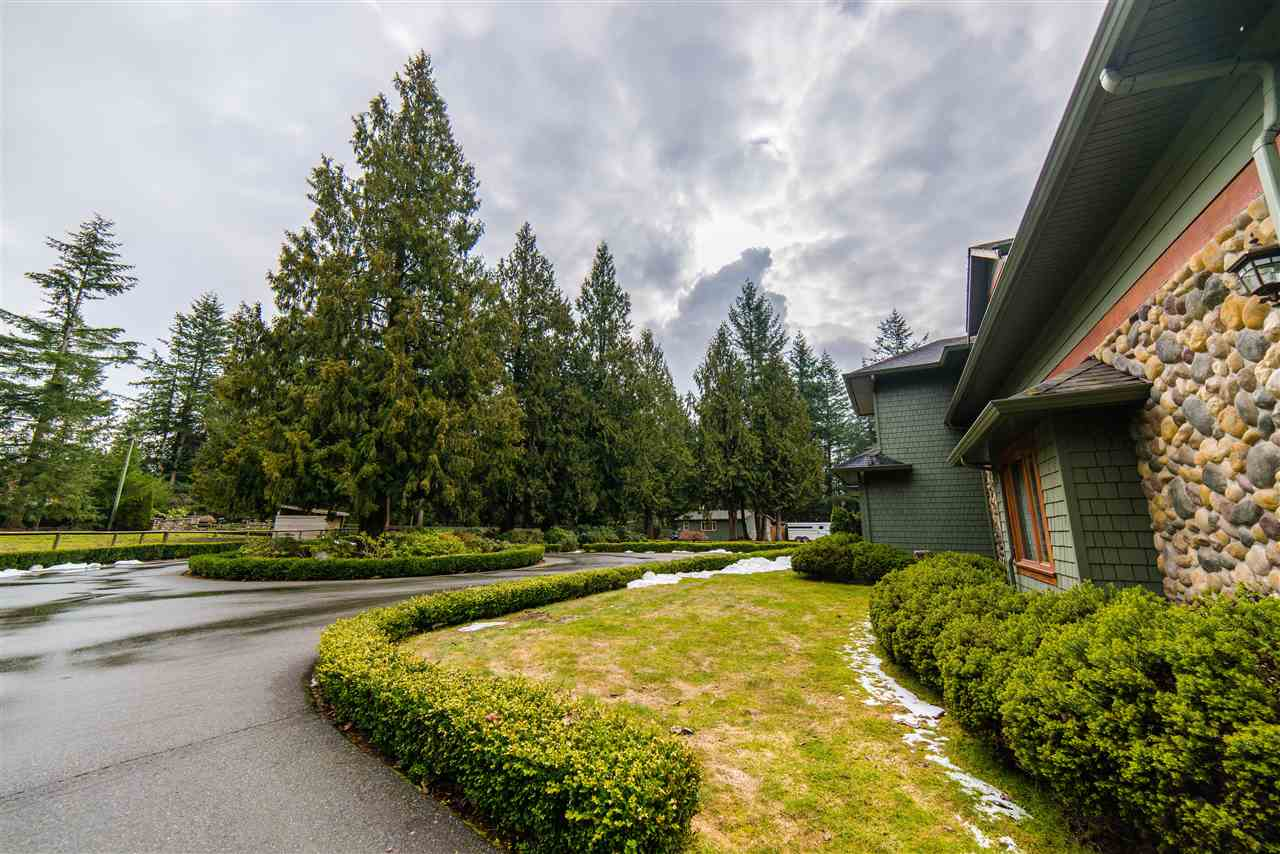 "Photo 12: 447 232 Street in Langley: Campbell Valley House for sale in ""CAMPBELL VALLEY"" : MLS(r) # R2139190"