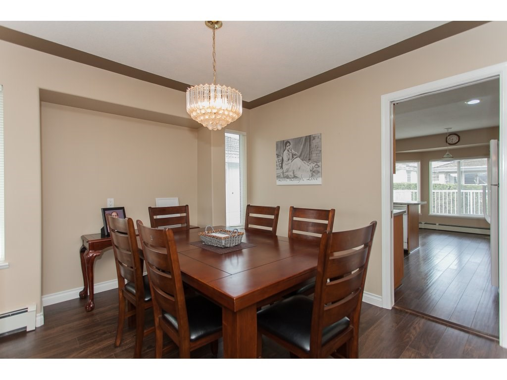 Photo 6: 3555 VIEWMOUNT Place in Abbotsford: Abbotsford West House for sale : MLS(r) # R2153060