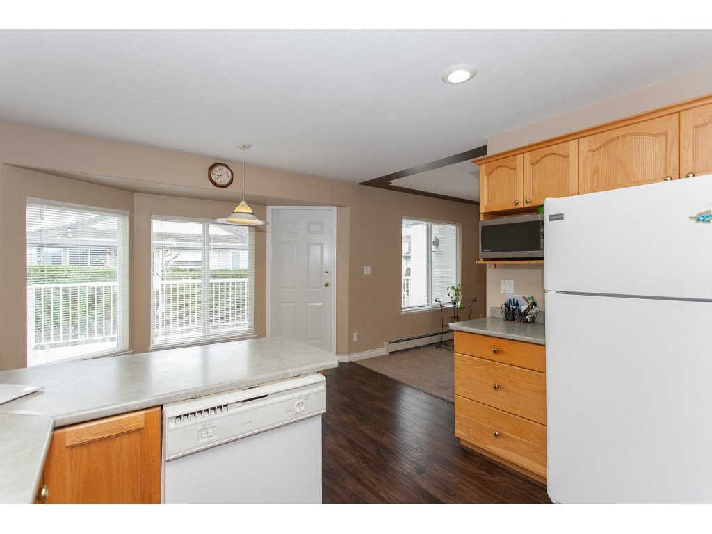 Photo 9: 3555 VIEWMOUNT Place in Abbotsford: Abbotsford West House for sale : MLS(r) # R2153060