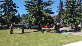 Main Photo:  in Edmonton: Zone 29 Townhouse for sale : MLS(r) # E4070278