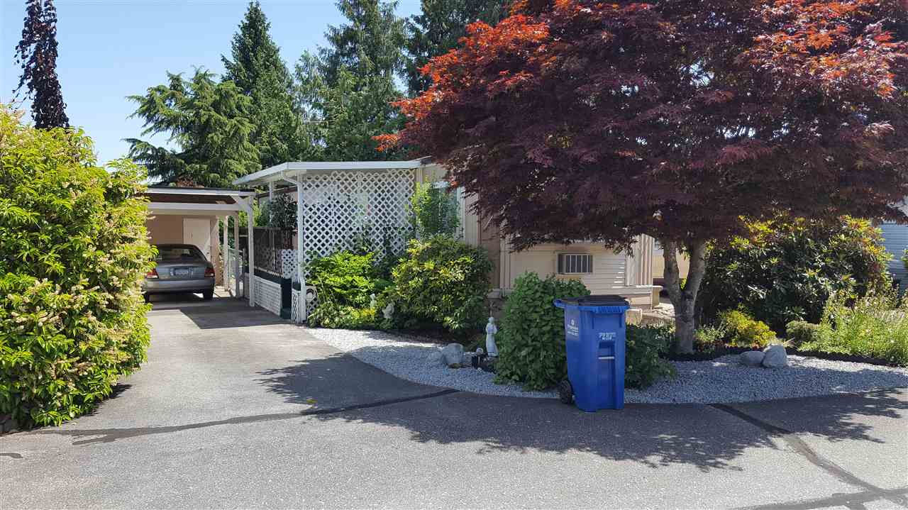 "Main Photo: 5 11838 PONDEROSA Boulevard in Pitt Meadows: Central Meadows Manufactured Home for sale in ""MEADOW HIGHLANDS"" : MLS(r) # R2183059"