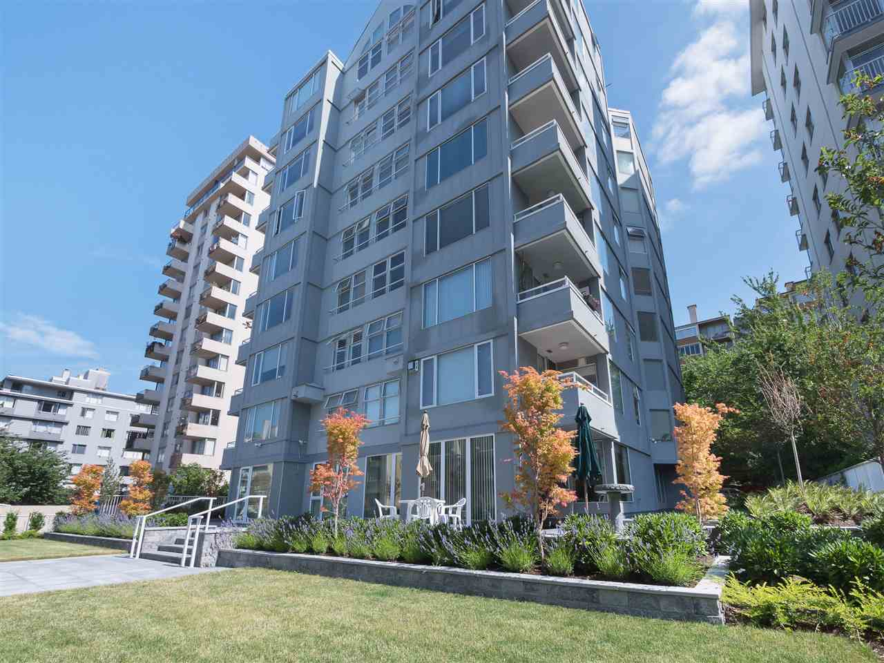 "Main Photo: 303 1436 HARWOOD Street in Vancouver: West End VW Condo for sale in ""Harwood House"" (Vancouver West)  : MLS(r) # R2187034"