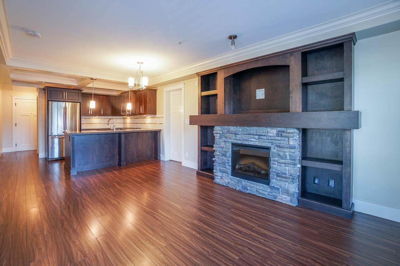 Photo 15: 201 2175 FRASER Avenue in Port Coquitlam: Glenwood PQ Condo for sale : MLS® # R2193836