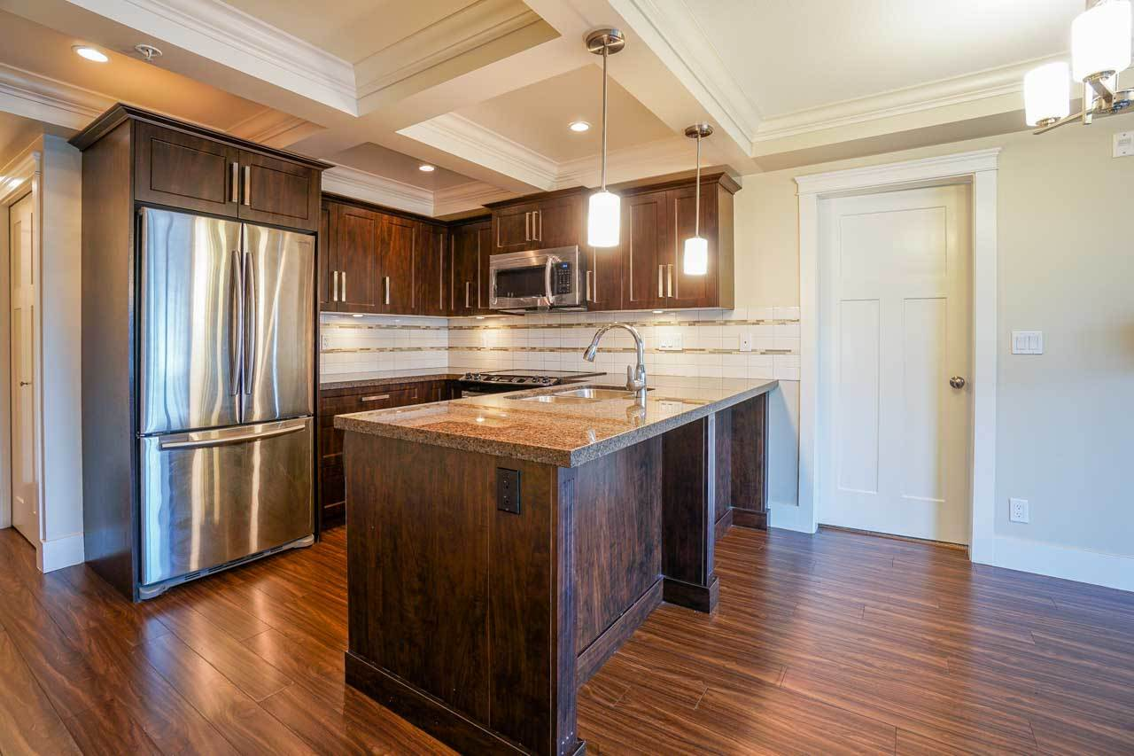 Photo 10: 201 2175 FRASER Avenue in Port Coquitlam: Glenwood PQ Condo for sale : MLS® # R2193836