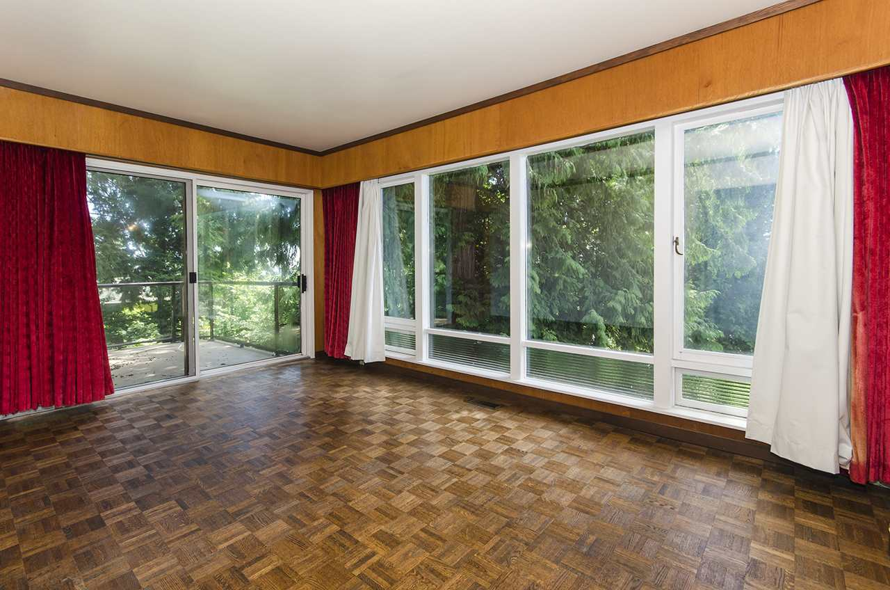 Photo 12: 231 W BALMORAL ROAD in North Vancouver: Upper Lonsdale House for sale : MLS® # R2190109