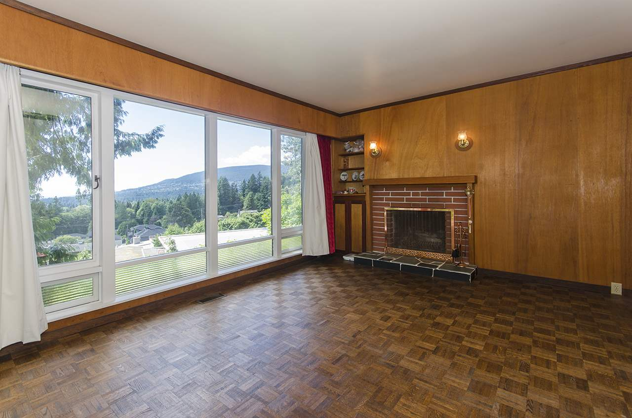 Photo 13: 231 W BALMORAL ROAD in North Vancouver: Upper Lonsdale House for sale : MLS® # R2190109