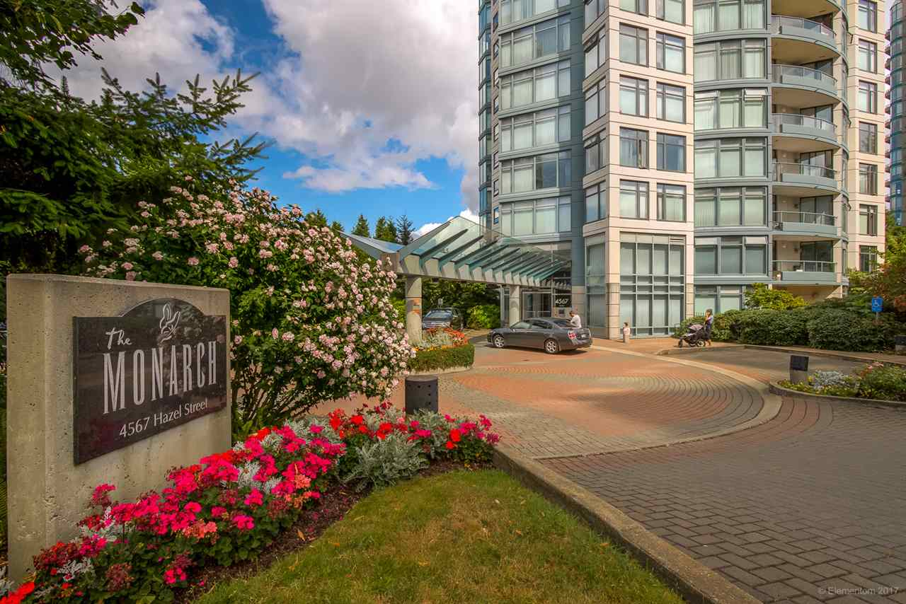 "Main Photo: 1705 4567 HAZEL Street in Burnaby: Forest Glen BS Condo for sale in ""THE MONARCH"" (Burnaby South)  : MLS® # R2196784"