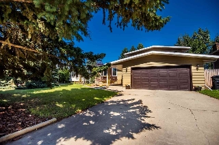 Main Photo: 10 MILFORD Crescent: Sherwood Park House for sale : MLS® # E4078027