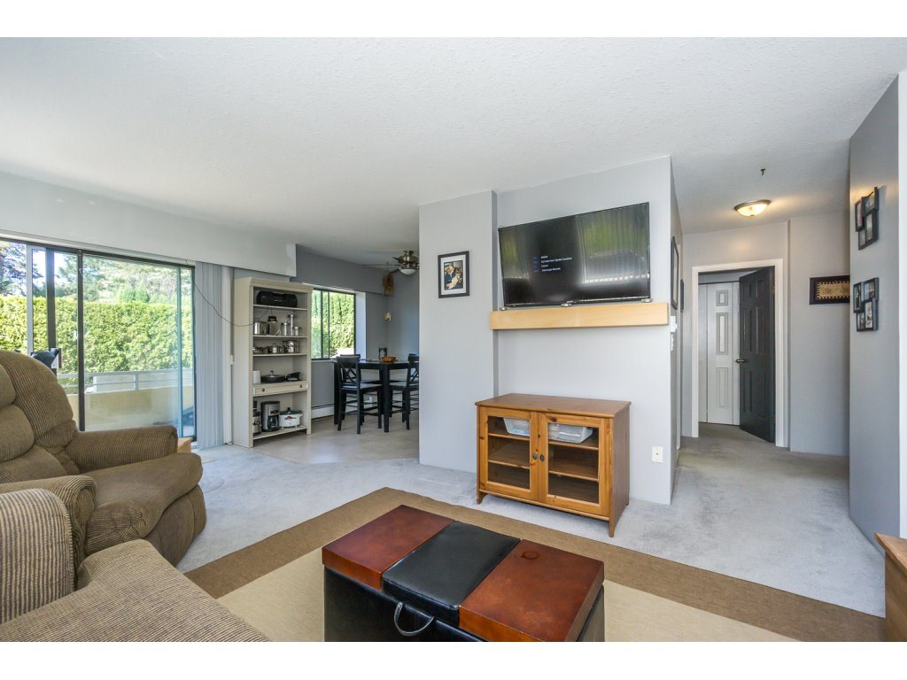 "Photo 4: 101 2684 MCCALLUM Road in Abbotsford: Central Abbotsford Condo for sale in ""RIDGEVIEW"" : MLS® # R2200325"