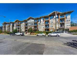 "Main Photo: 218 20219 54A Avenue in Langley: Langley City Condo for sale in ""Suede"" : MLS® # R2213112"