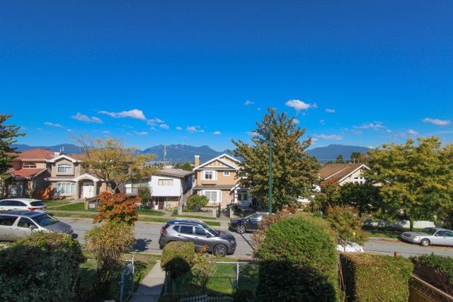 Photo 7: Photos: 2856 E 23RD Avenue in Vancouver: Renfrew Heights House for sale (Vancouver East)  : MLS® # R2214508