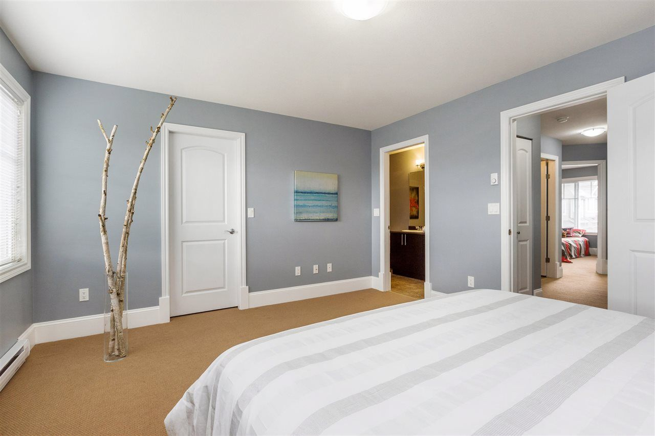 "Photo 12: Photos: 36 19480 66 Avenue in Surrey: Clayton Townhouse for sale in ""Two Blue 2"" (Cloverdale)  : MLS® # R2215326"