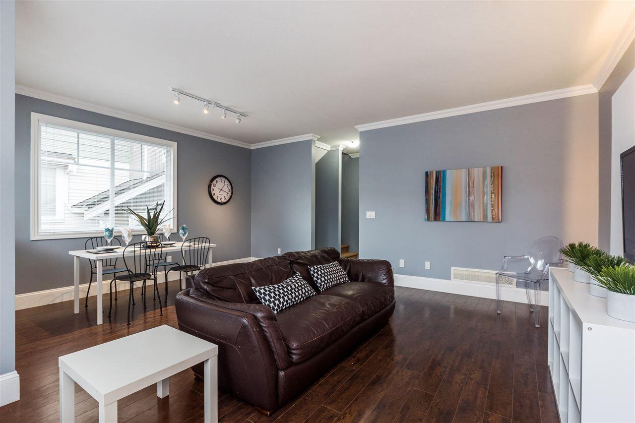 "Photo 3: Photos: 36 19480 66 Avenue in Surrey: Clayton Townhouse for sale in ""Two Blue 2"" (Cloverdale)  : MLS® # R2215326"