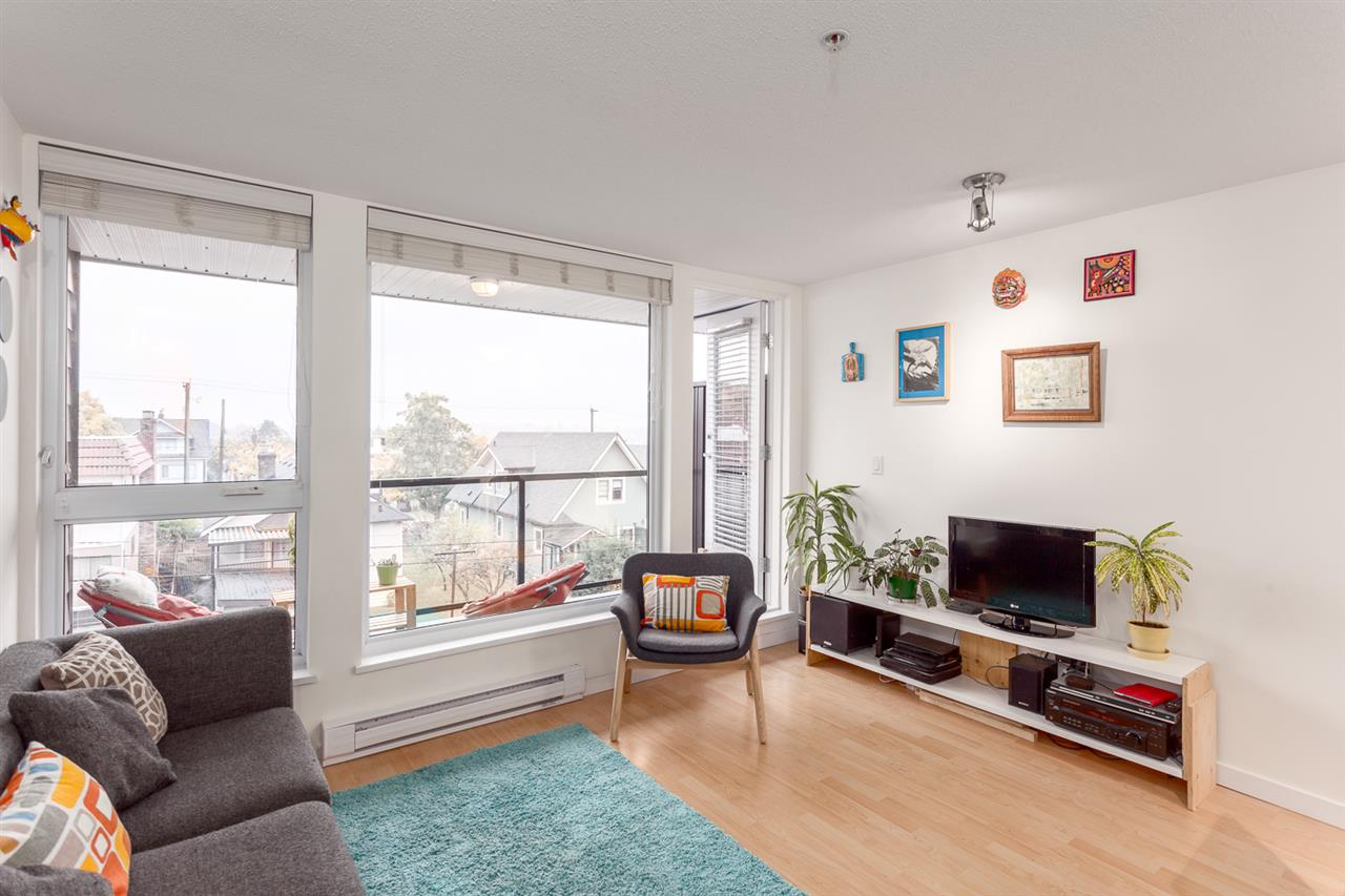 "Main Photo: 412 2636 E HASTINGS Street in Vancouver: Renfrew VE Condo for sale in ""SUGAR"" (Vancouver East)  : MLS®# R2220500"