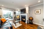 "Main Photo: 105 365 E 1ST Street in North Vancouver: Lower Lonsdale Condo for sale in ""VISTA"" : MLS® # R2233313"