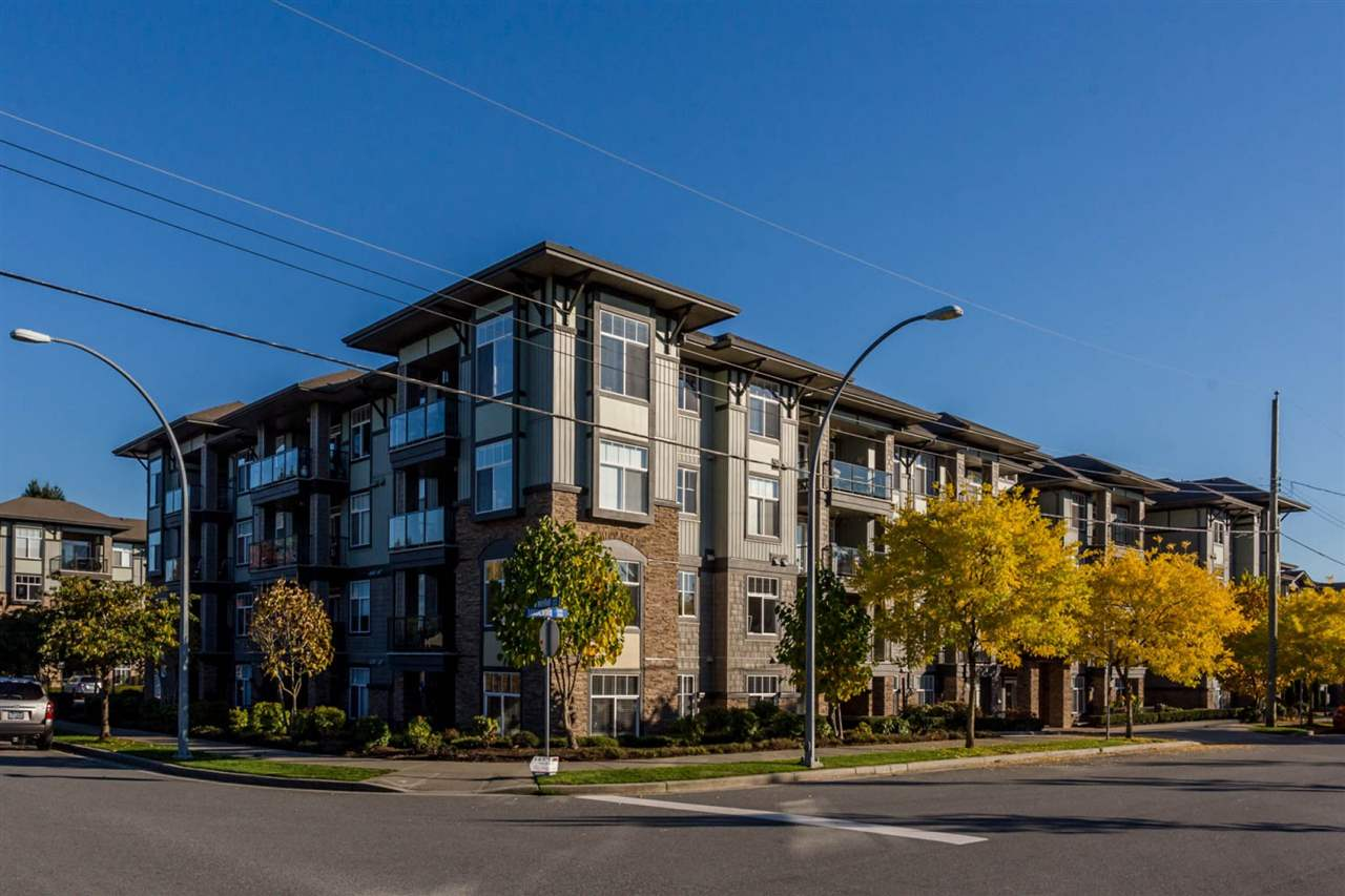 "Main Photo: 307 2068 SANDALWOOD Crescent in Abbotsford: Central Abbotsford Condo for sale in ""The Sterling"" : MLS®# R2250934"