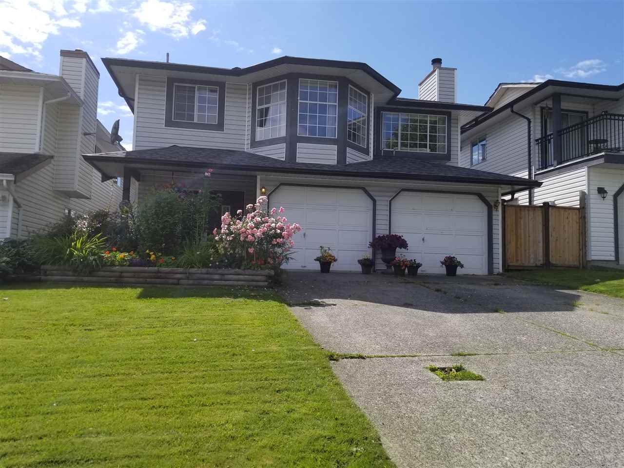 Main Photo: 3741 SUTHERLAND Street in Port Coquitlam: Oxford Heights House for sale : MLS®# R2280420