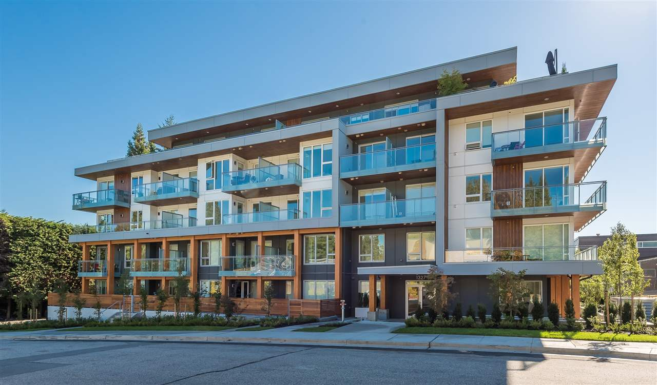 "Main Photo: 408 1327 DRAYCOTT Road in North Vancouver: Lynn Valley Condo for sale in ""WALTERS PLACE"" : MLS®# R2285519"