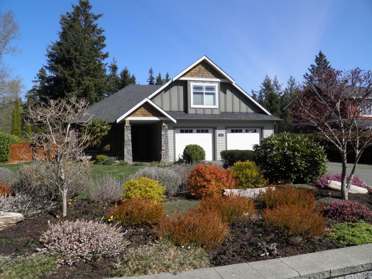 FEATURED LISTING: 1906 Mariner Rd COURTENAY