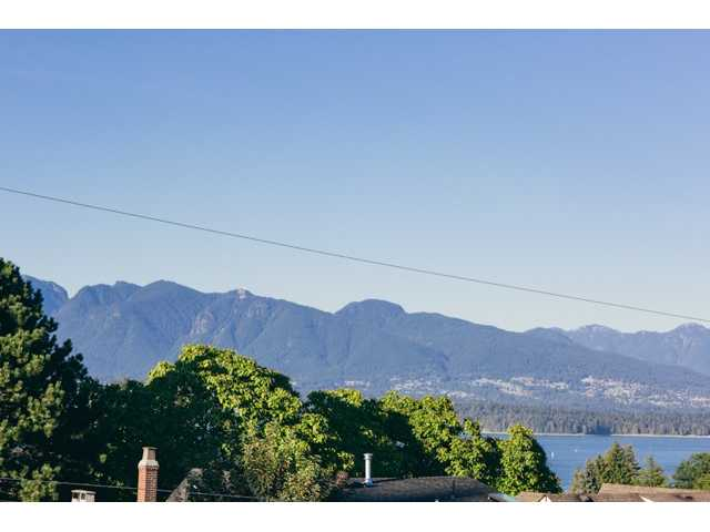 Photo 7: 4525 W 8TH Avenue in Vancouver: Point Grey House for sale (Vancouver West)  : MLS® # V970730