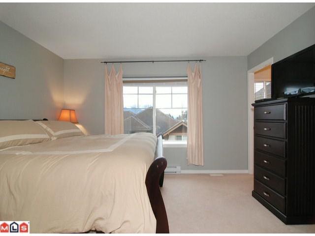 Photo 3: 19 35287 Old Yale Road in Abbotsford: Townhouse for sale : MLS® # F1203306