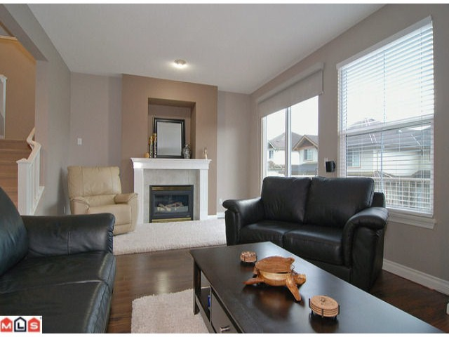 Photo 6: 19 35287 Old Yale Road in Abbotsford: Townhouse for sale : MLS® # F1203306