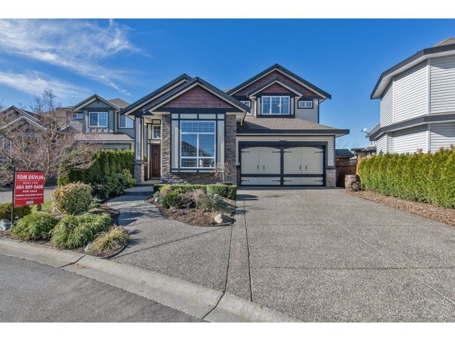 "Main Photo: 6593 186A Street in Surrey: Cloverdale BC House for sale in ""HILLCREST"" (Cloverdale)  : MLS®# F1432832"