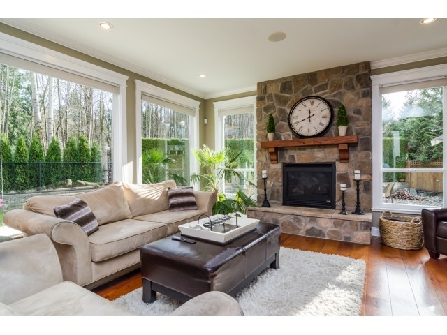 Photo 3: 21680 93RD Avenue in Langley: Walnut Grove House for sale : MLS® # F1433975