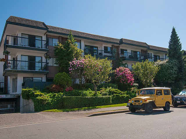 FEATURED LISTING: 202 - 444 6TH Avenue East Vancouver