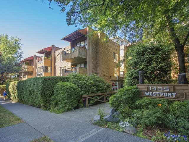 "Main Photo: 309 1435 NELSON Street in Vancouver: West End VW Condo for sale in ""WESTPORT"" (Vancouver West)  : MLS® # V1136865"