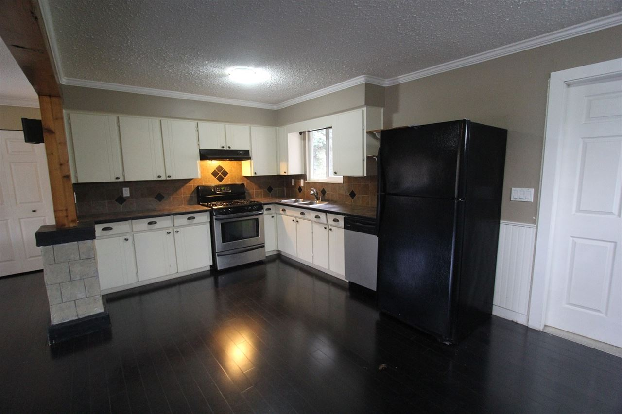 Photo 2: 8668 152A Street in Surrey: Fleetwood Tynehead House for sale : MLS(r) # R2016733