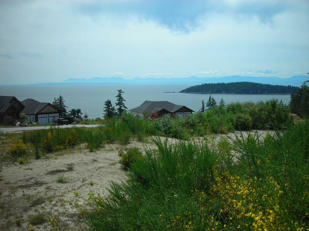 Main Photo: LOT 52 COMPASS LANE in Sechelt: Sechelt District Home for sale (Sunshine Coast)  : MLS(r) # R2042193