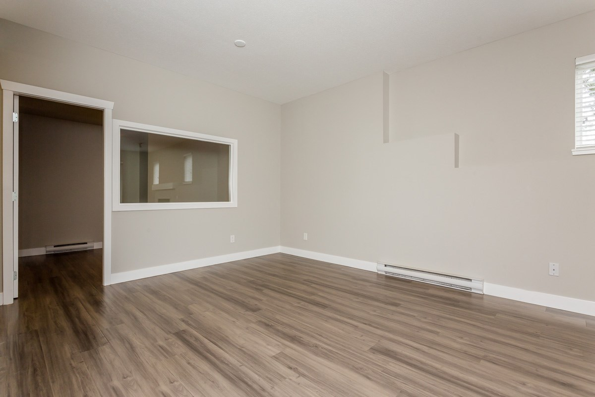 "Photo 10: 17 5839 PANORAMA Drive in Surrey: Sullivan Station Townhouse for sale in ""Forest Gate"" : MLS(r) # R2046887"