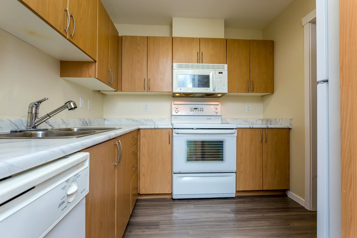 "Photo 14: 17 5839 PANORAMA Drive in Surrey: Sullivan Station Townhouse for sale in ""Forest Gate"" : MLS(r) # R2046887"