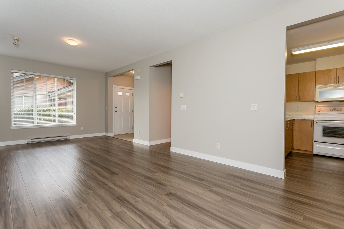 "Photo 12: 17 5839 PANORAMA Drive in Surrey: Sullivan Station Townhouse for sale in ""Forest Gate"" : MLS(r) # R2046887"