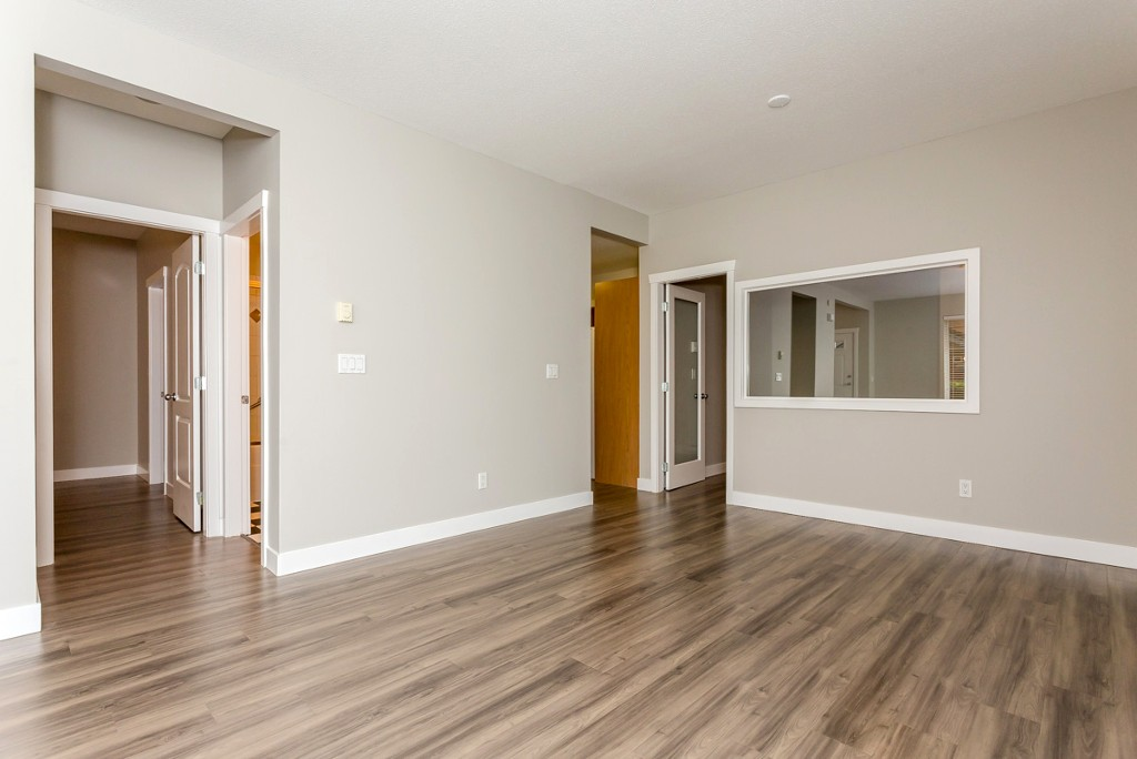 "Photo 7: 17 5839 PANORAMA Drive in Surrey: Sullivan Station Townhouse for sale in ""Forest Gate"" : MLS(r) # R2046887"