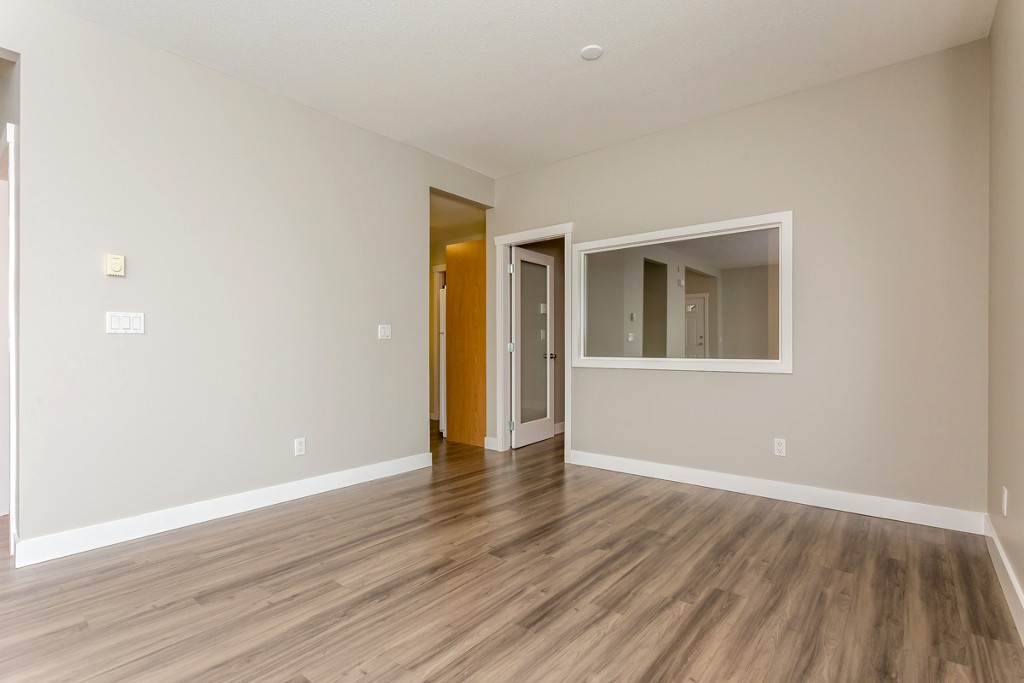 "Photo 8: 17 5839 PANORAMA Drive in Surrey: Sullivan Station Townhouse for sale in ""Forest Gate"" : MLS(r) # R2046887"