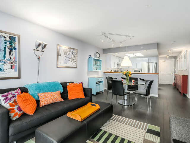 Main Photo: 1603 1088 QUEBEC STREET in : Mount Pleasant VE Condo for sale : MLS®# V1143103