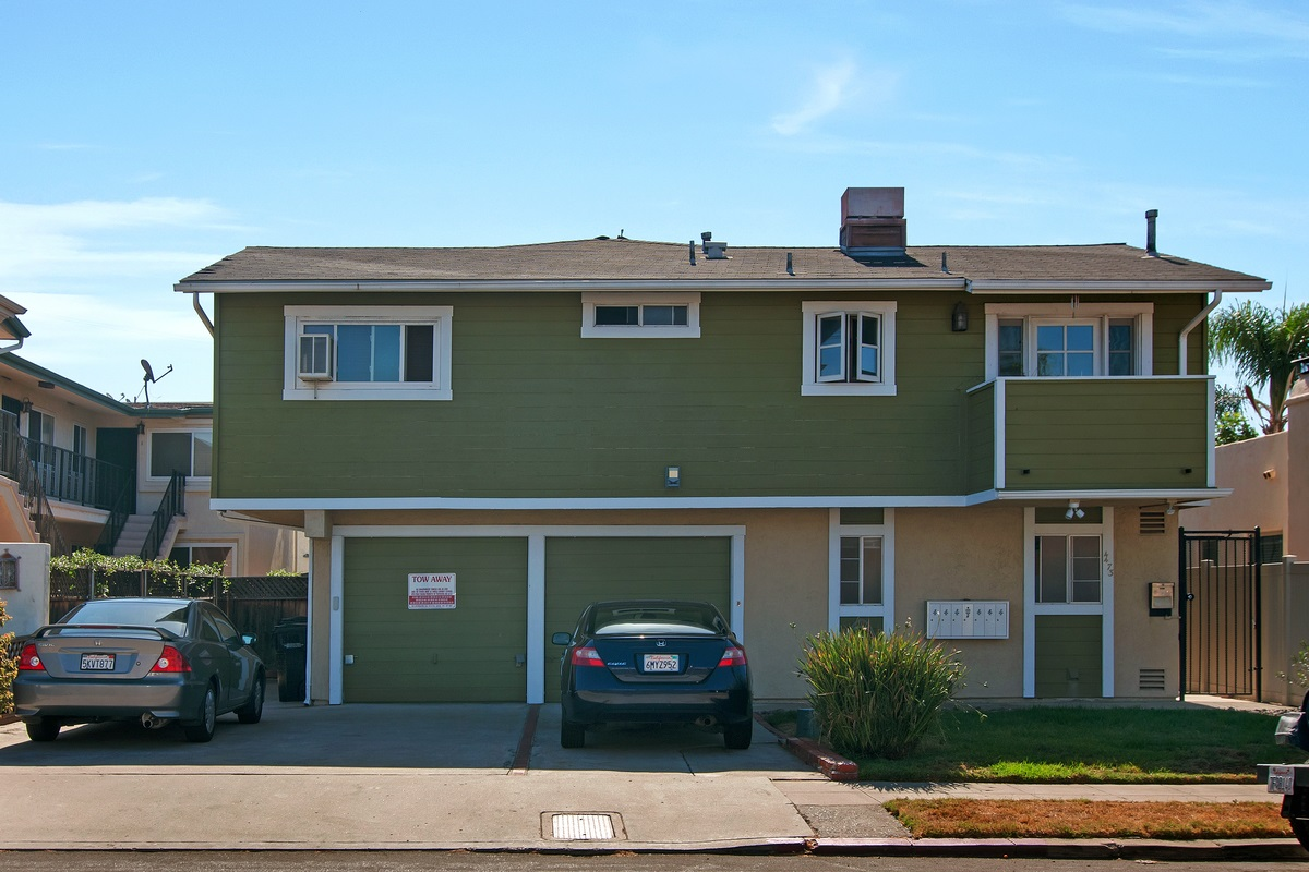 Main Photo: KENSINGTON Condo for sale : 2 bedrooms : 4473 Marlborough #1 in San Diego