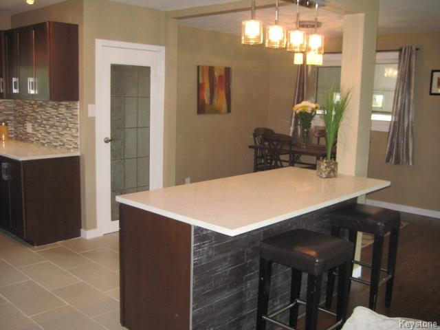 Photo 8: 43 Lincrest Road in Winnipeg: Garden City Residential for sale (4G)  : MLS(r) # 1622696