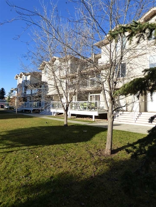 Main Photo: 63 2505 42 Street in Edmonton: Zone 29 Townhouse for sale : MLS(r) # E4044171